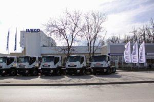 Iveco dodalo firmě Arena I.T. dvacet nákladních automobilů Stralis na zemní plyn