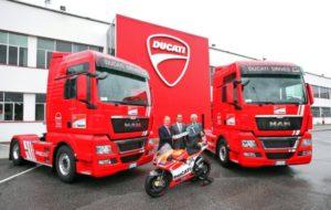 Tahače MAN přepravují závodní motocykly týmu Ducati MotoGP™