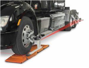Novinka pro rychlou kontrolu geometrie nákladních vozidel a autobusů od Hunter Engineering Company