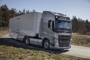 Trvalé zaměření společnosti Volvo Trucks na spotřebu paliva se vyplácí
