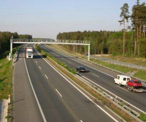V Německu se rozšiřuje mýtné. DKV doporučuje palubní jednotku Toll Collect