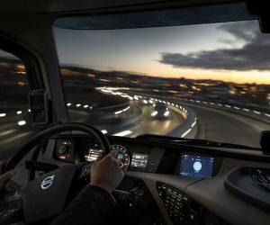 Společnost Volvo Trucks představuje nový integrovaný dotykový informační systém
