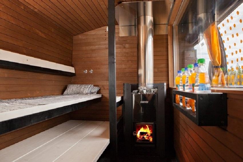 V Nuorgamu mohli cestující skočit ze sauny rovnou do vod Arktického oceánu