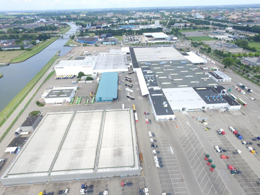 Scania bude mít v Nizozemí největší střechu pokrytou solárními panely
