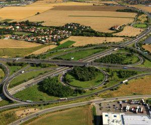 Dopravní program vlády: Rychlejší výstavba, nové dálnice, kvalitnější železnice