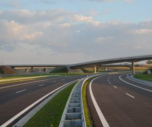 ČR získala na nové dálnice a rekonstrukce železnic už 150 miliard korun