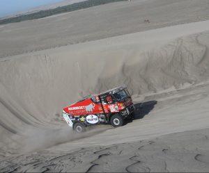 Gert Huzink z dílny MKR Technology zachraňuje situaci po 5.etapě