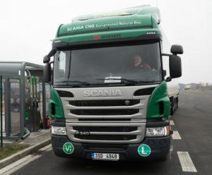 DB Schenker provozuje kamiony na CNG