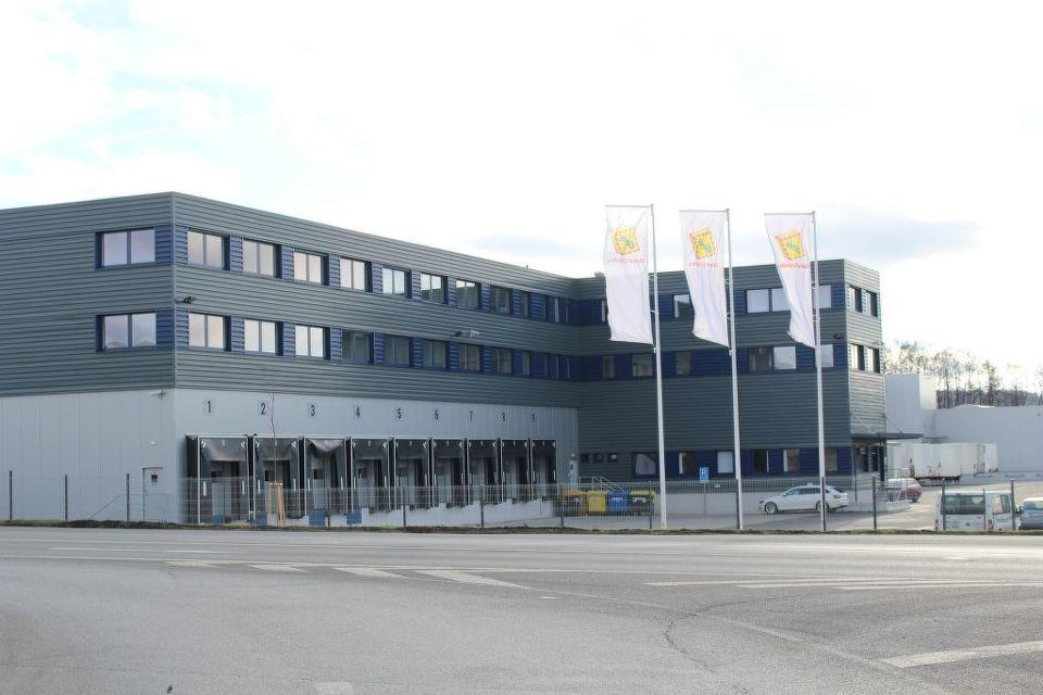 Nové centrální překladiště firmy Geis v Modleticích