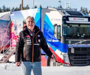 Řidič kamionu české biatlonové reprezentace závody velmi prožívá