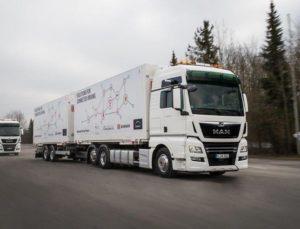 Využití platooningu v sektoru logistiky: MAN předal pilotní vozidla firmě DB Schenker