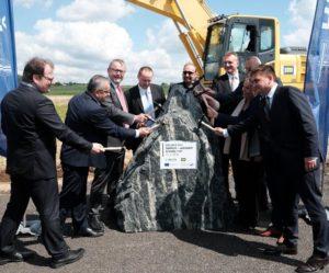 Stavba sedmi kilometrů D11 začíná. Hotová bude za tři roky