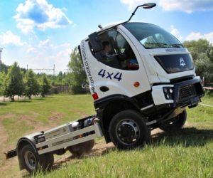 AVIA představuje nový vůz v provedení 4×4