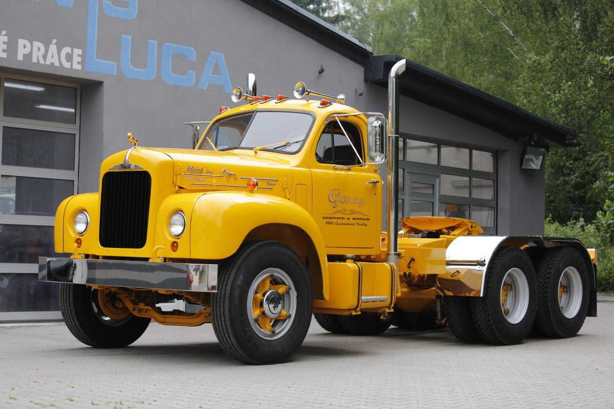 Jedná se o MACK B61 z roku 1960