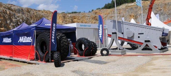 Mitas pneu pro stavební stroje na veletrhu EXPO Lesní lom