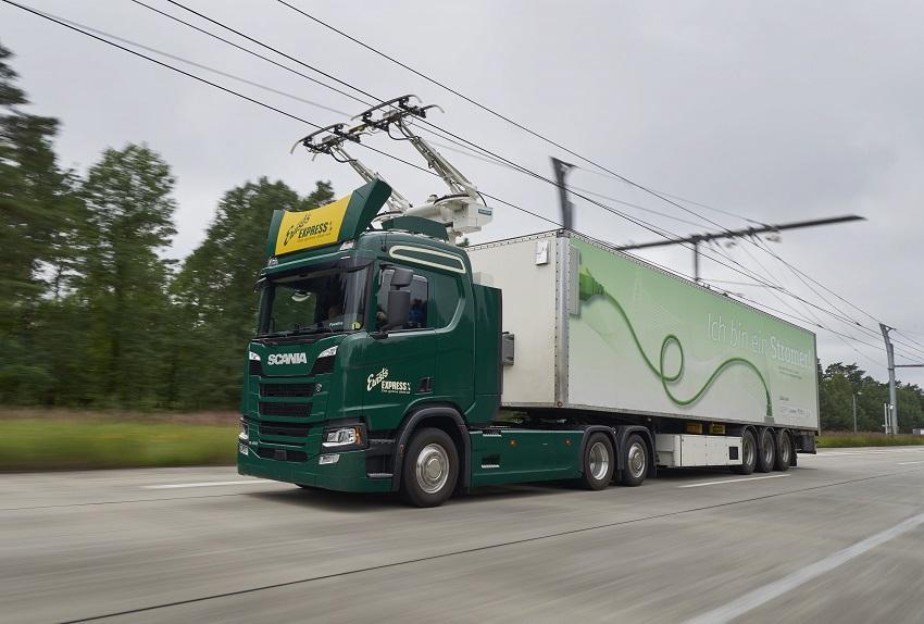 Scania podporuje projekt Nákladní vozidla pro německé elektrifikované dálnice