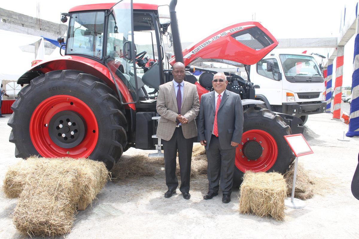 Traktory ZETOR se předvedly v Keni