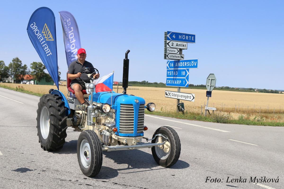 Traktorový nadšenec Havelka se po třech týdnech vrátil ze Švédska na Vysočinu