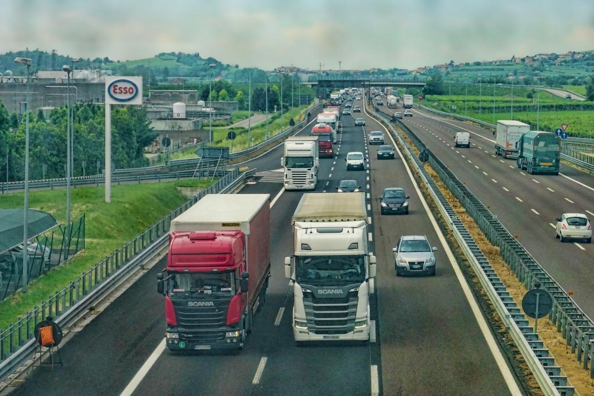 Akce proběhla na přelomu července a srpna na dálnicích D1, D6, D8 a na hraničních přechodech Rozvadov, Hatě a Mikulov.