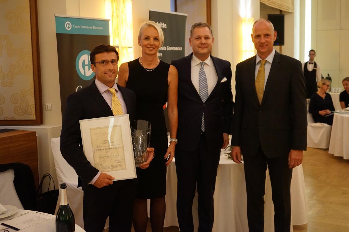 Významná manažerská cena pro ředitele Koyo Bearings Petra Nováka