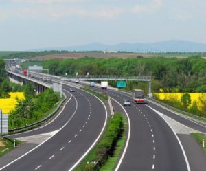 Kraje budou vybírat úseky nově zpoplatněných silnic