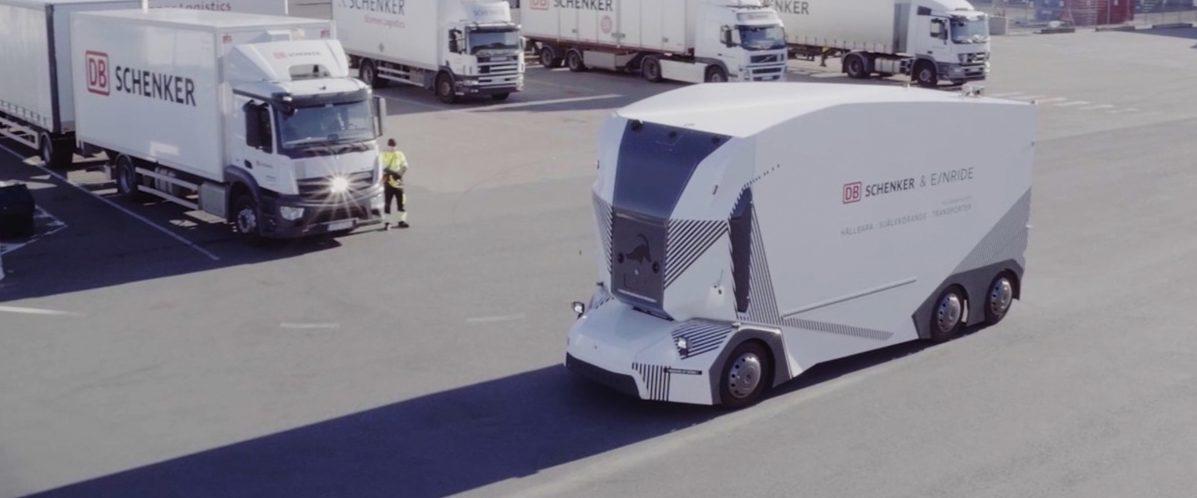 Autonomní elektrický nákladní vůz T-pod Od DB Schenker a Einride
