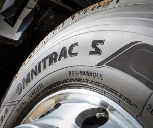 Goodyear uvádí na trh novou řadu nákladních pneumatik Omnitrac pro smíšený provoz