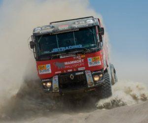 Zrádné duny v 7. etapě věznily i posádky MKR Technology