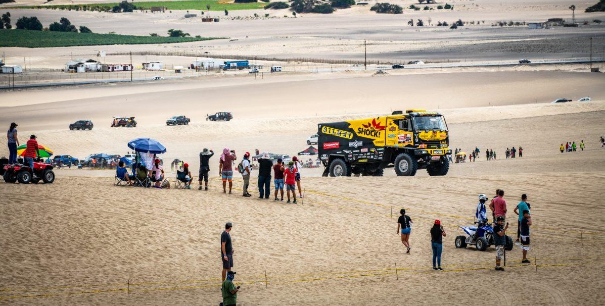 Macík a Brabec hlásí zážitky z 1. etapy Dakaru