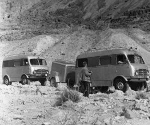 Tatra Truck gratulovala cestovateli Miroslavu Zikmundovi ke 100. narozeninám