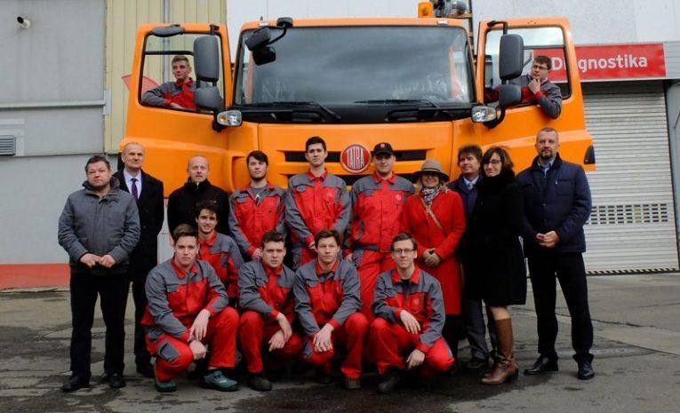 Tatra Phoenix postavena studenty