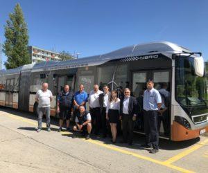 Dopravní podnik Prahy ukončil provozní test hybridního autobusu Volvo