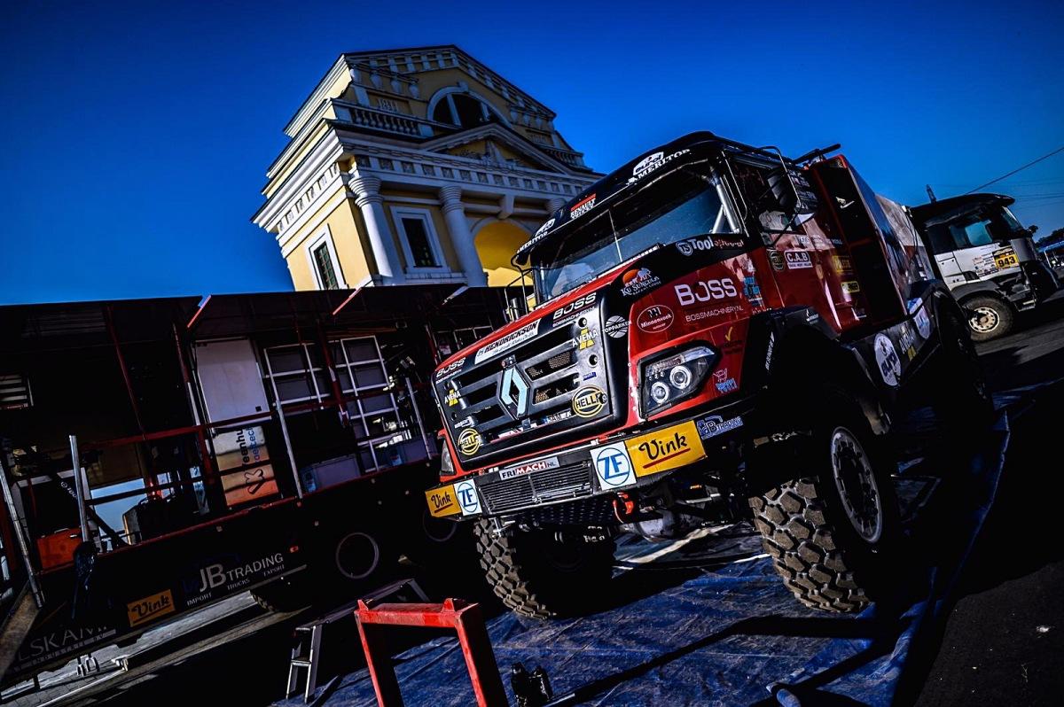 Silk Way Rally odstartovala pátým místem