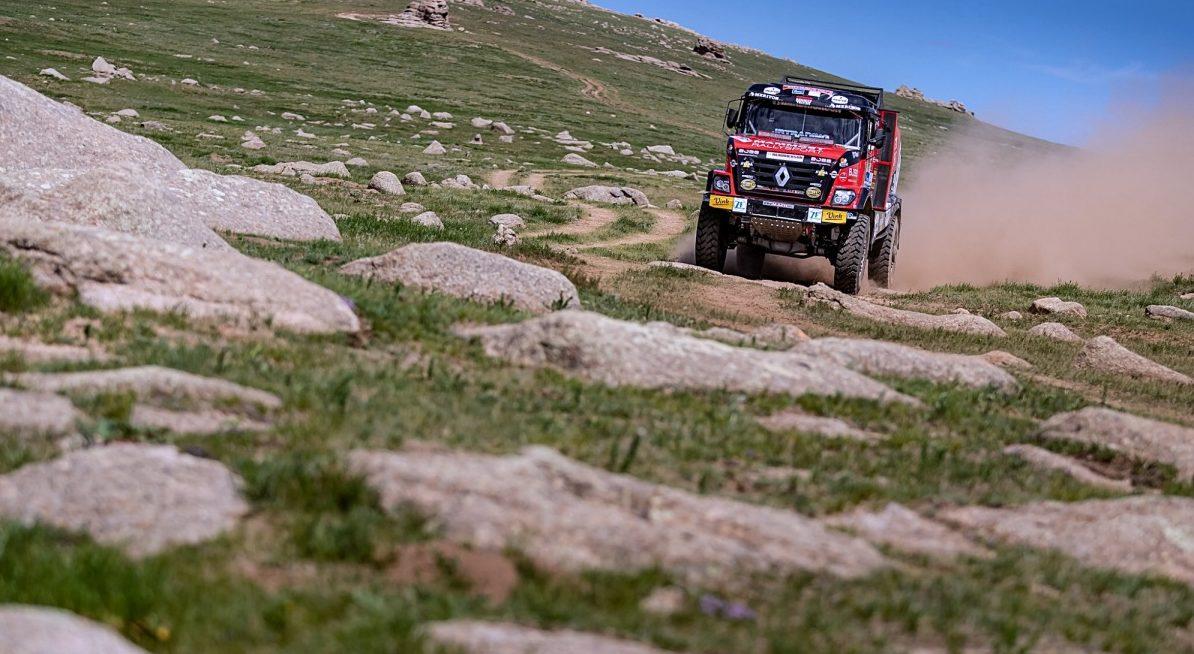 Van den Brink v 6. etapě Silk Way Rally