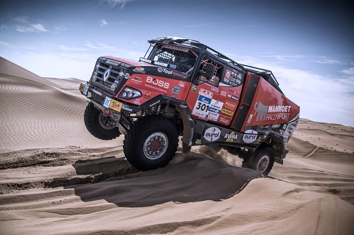 Van den Brink na Silk Way Rally