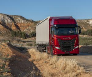 Iveco představuje nový Iveco S-WAY: nákladní vozidlo na dlouhé vzdálenosti