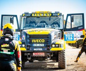 Macík v kamionu prožene osobáky na Baja Poland