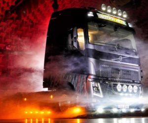 Heavy metalový truck Volvo míří do aukce