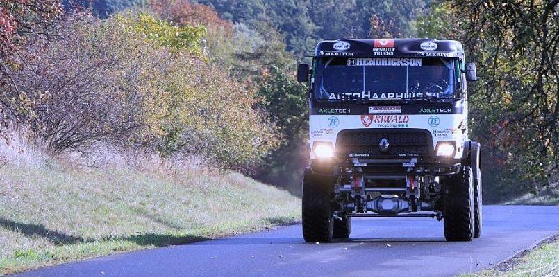 Tým MKR Technology na Dakaru s prvním hybridem