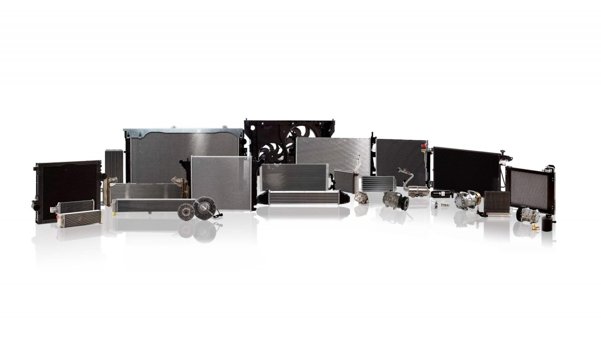 AVA CEE sortiment pro nákladní vozy a autobusy