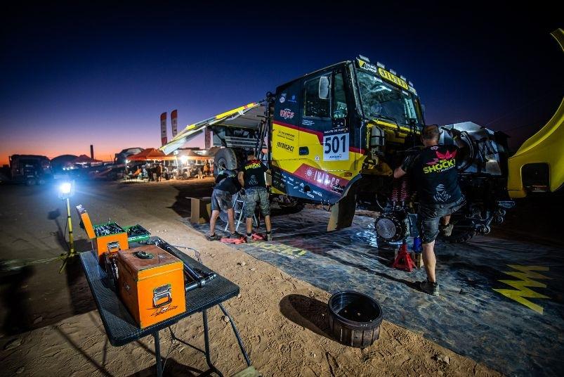 Tým Big Shock Racing na Rallye du Maroc