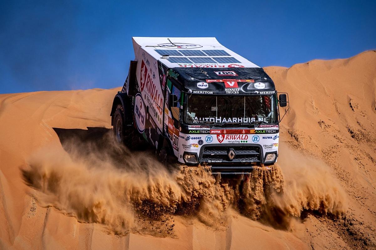 V cíli Dakaru jsou poprvé všechny kamiony od MKR Technology