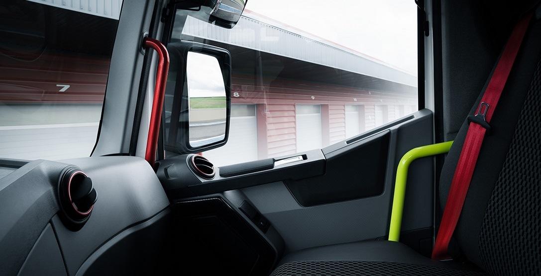 Renault Trucks T 01 Racing interiér