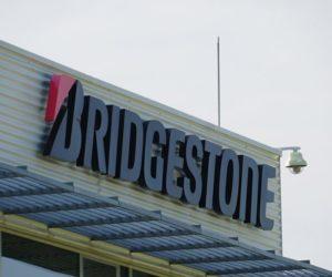 Bridgestone obnovil výrobu v Evropě již v celém rozsahu