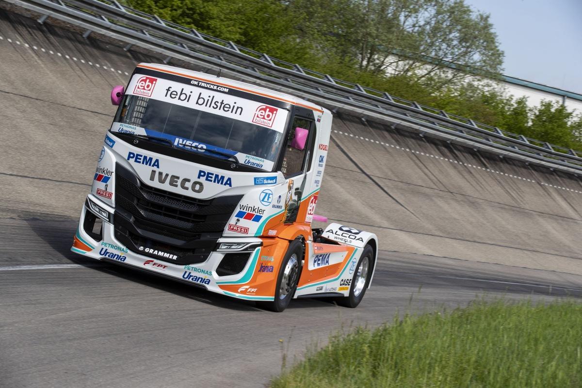 IVECO představuje nové závodní vozy IVECO S-WAY R