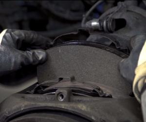 Měděná pasta do brzdového systému užitkových vozidel nepatří