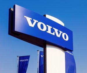 Společnost Volvo Trucks pomáhá dopravcům financovat obnovu svých vozových parků