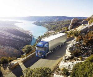"""Iveco S-Way NP 460 získává ocenění """"Sustainable Truck of the Year 2021"""""""