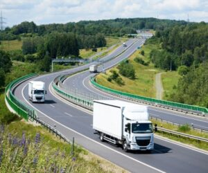Dopravci uhradili v listopadu na mýtném o 12 procent více než vloni
