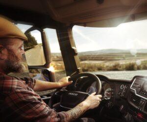 Iveco uvádí na trh novinku v podobě hlasového společníka řidiče nákladního vozidla